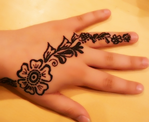 Tatuaże z henny dla dzieci